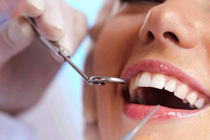 La visita di controllo odontoiatrica