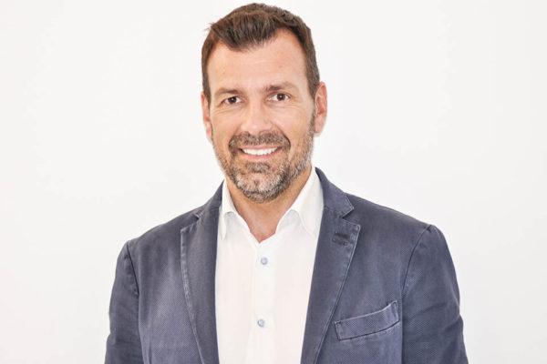 Dr. Alessandro Nube